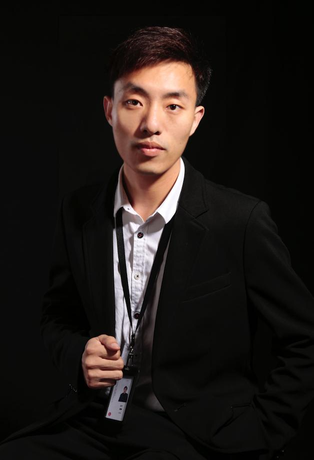 从事软件编程行业7年,拥有5年以上的开发经验,专注于iOS讲师行业3年.曾就职于惠买商城,团车网知名互联网公司,有丰富的开发经验,参加主导开发过优品惠,城通物流,团车地推,一桶水等App.2014年在北京某知名培训机构担任iOS讲师.2017年加入我院.在培训领域精通C,Objective-C,swift等.具有丰富的教学经验。